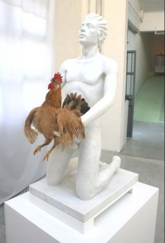 funny sex picture rooster getting fucked by statue